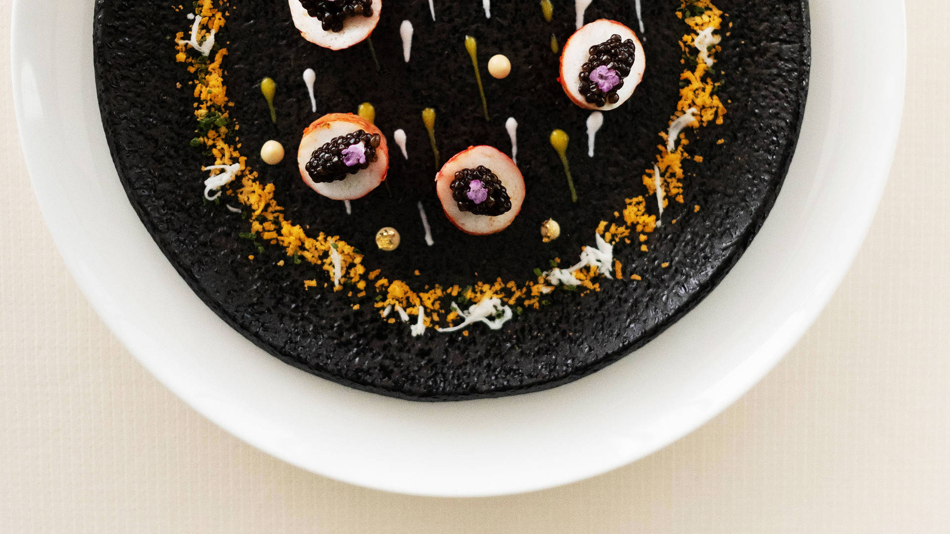 Burj Caviar