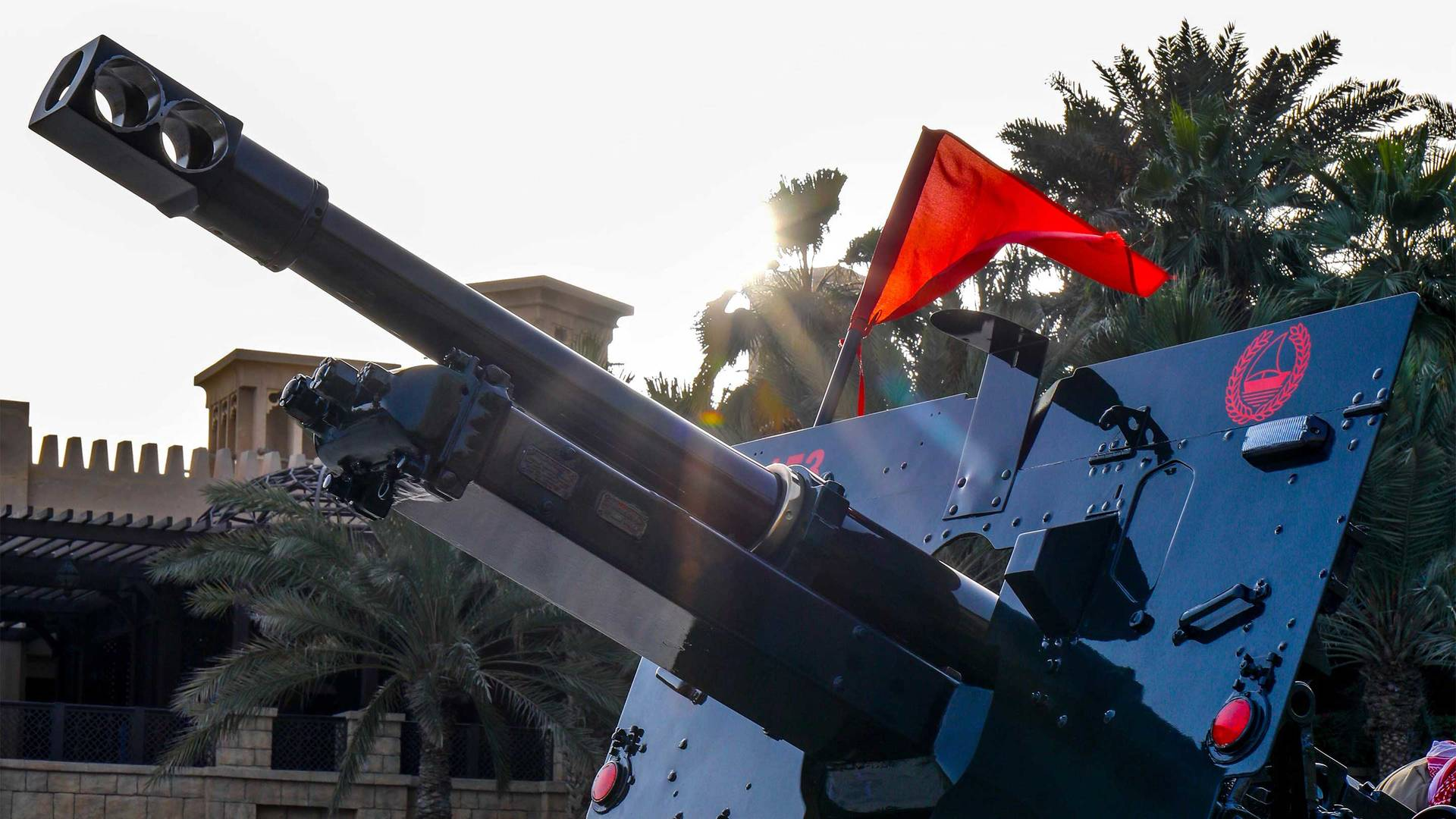 16-9_Ramadan-Cannon-at-Madinat-Jumeirah-1
