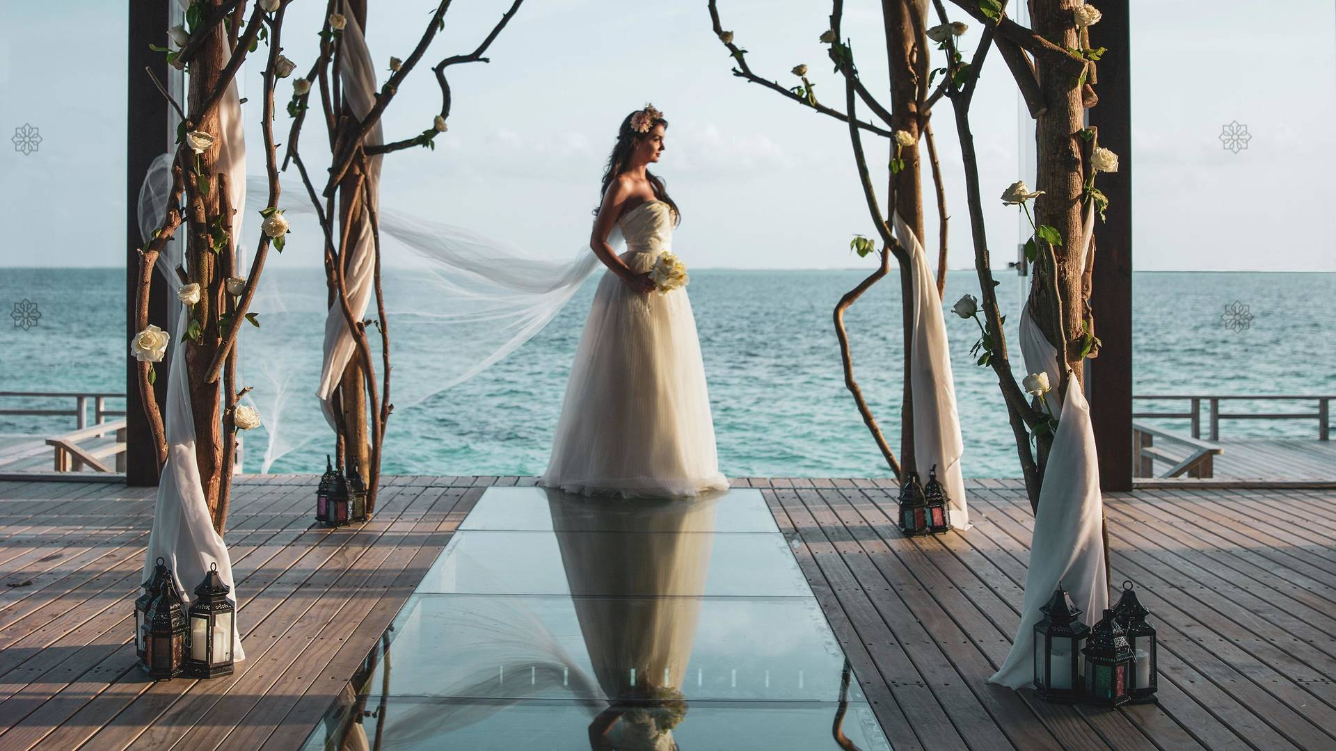 Lady during her wedding at Jumeirah Vittaveli hotel