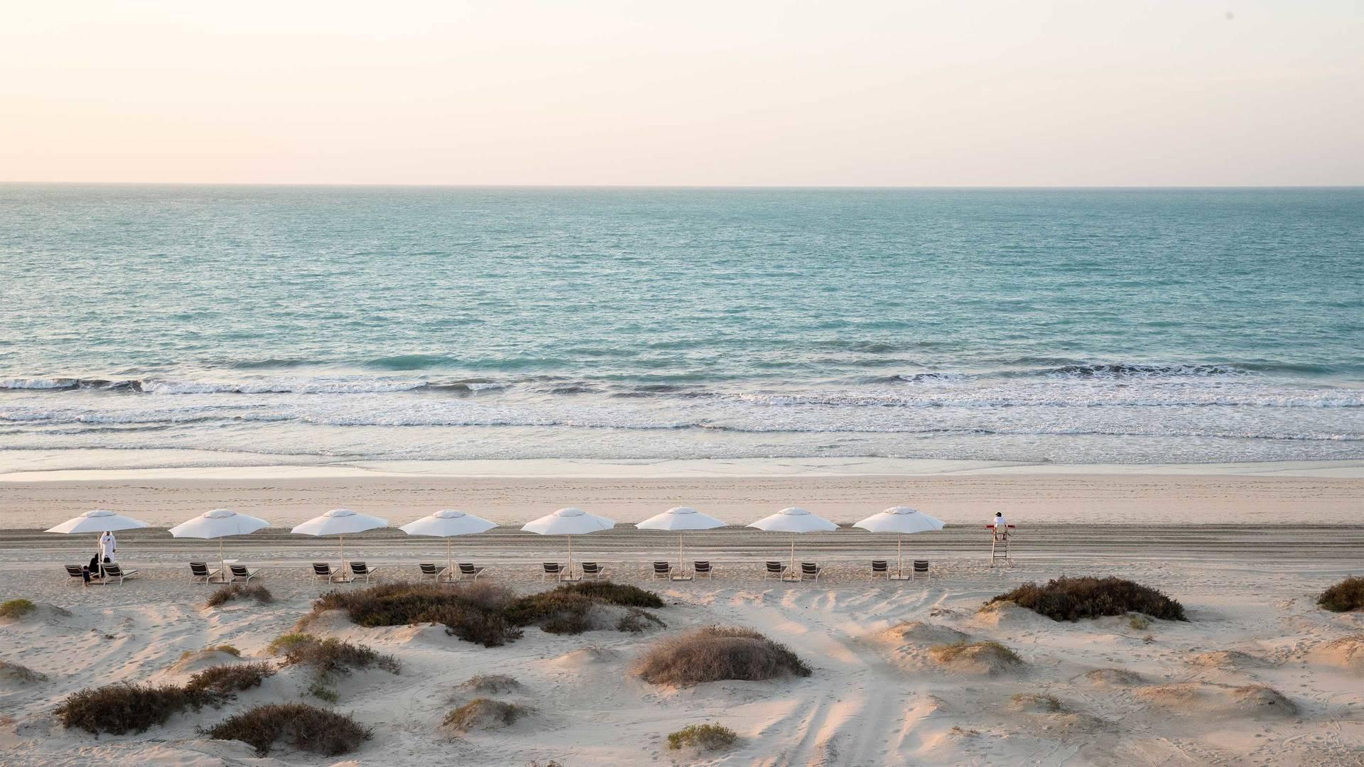 12_16-9 Jumeirah-at-Saadiyat-Island-Resort---Beach-view