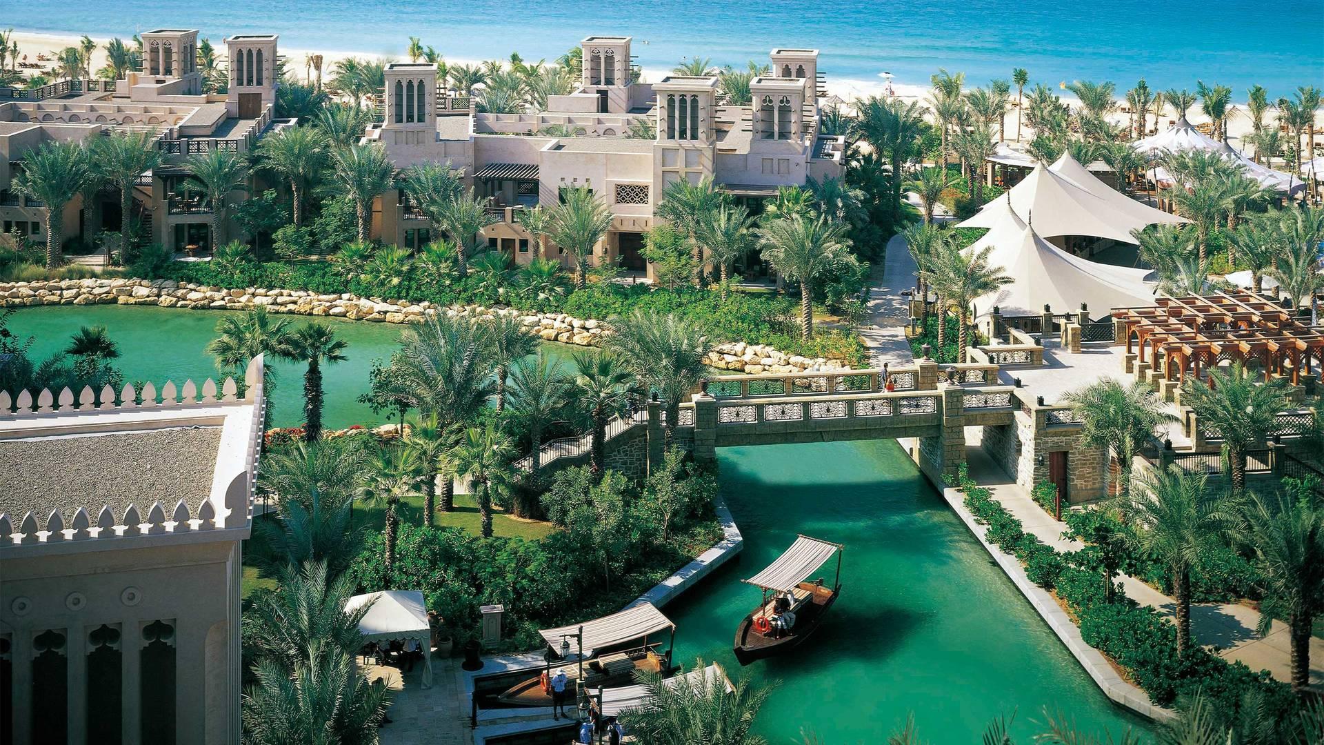 2_16-9_ Madinat-Jumeirah---Jumeirah-Dar-Al-Masyaf---Waterways
