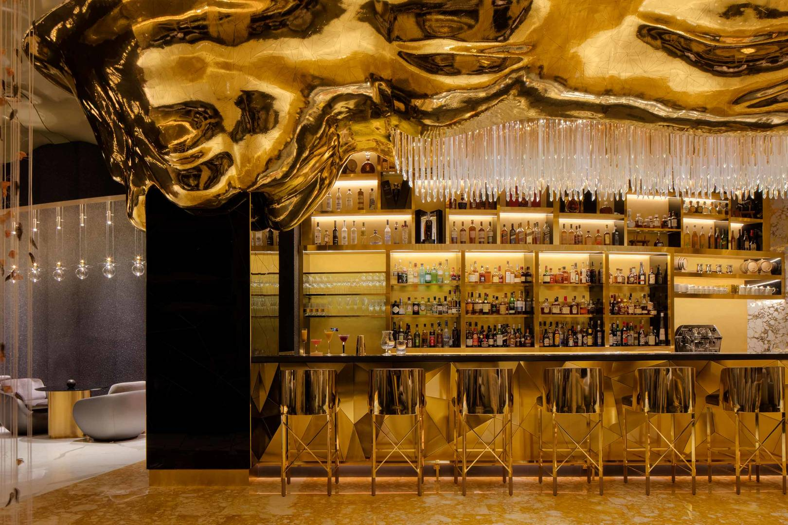 Burj Al Arab Gold on 27 bar area