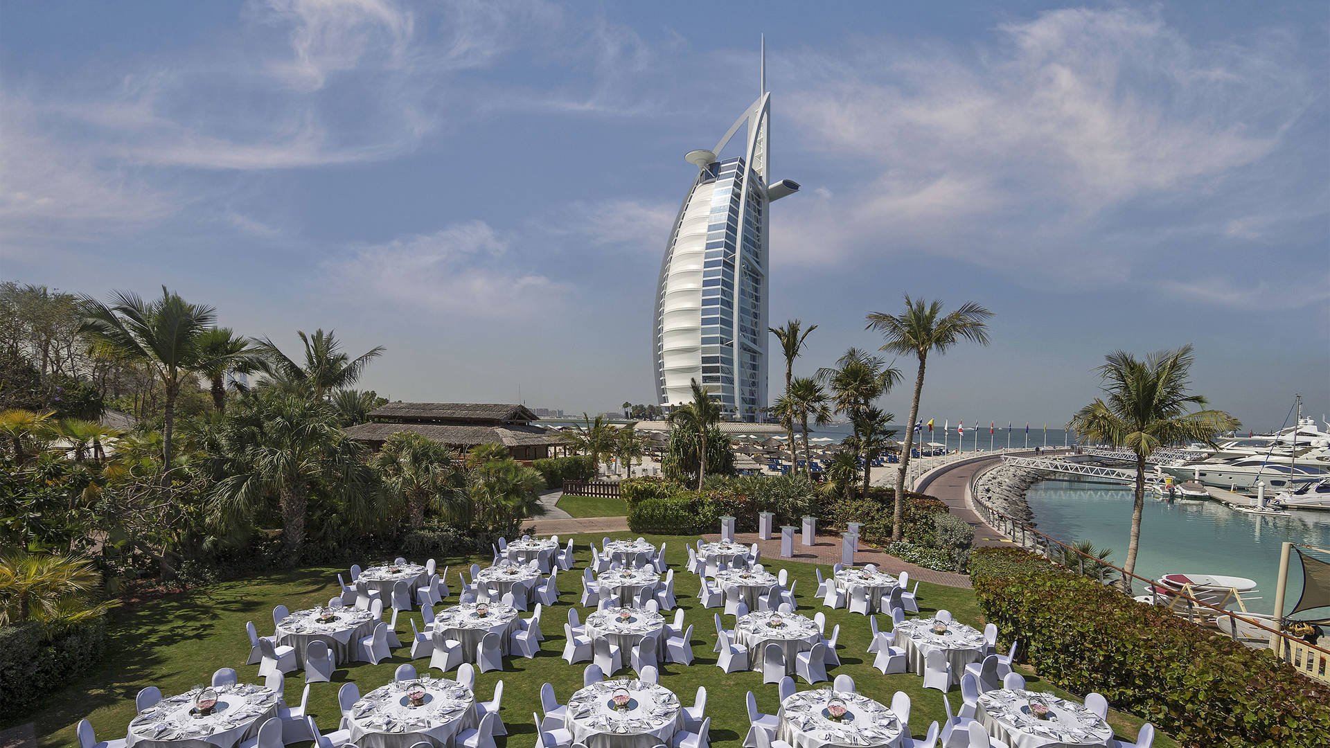 Sunset-Garden Dinner-Set-up at Jumeirah-Beach-Hotel