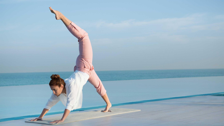 16-9_ Lifestyle---Yoga