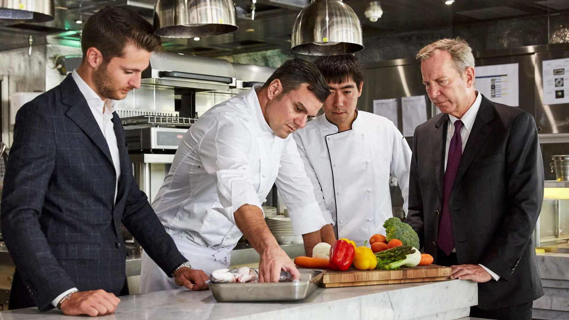 Jumeirah Al Nasemm Michael Ellis and chefs_16-9