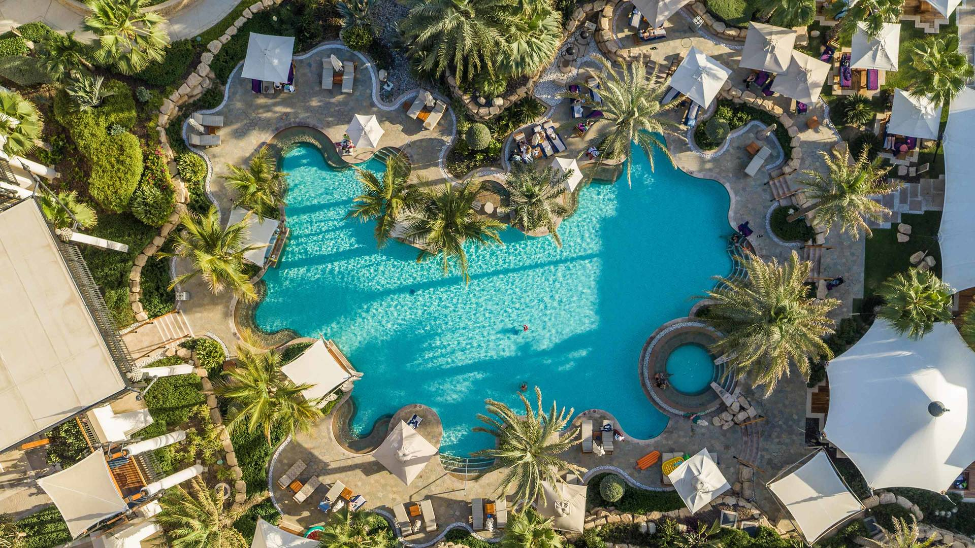 Jumeirah swimming pools Al Naseem_16-9