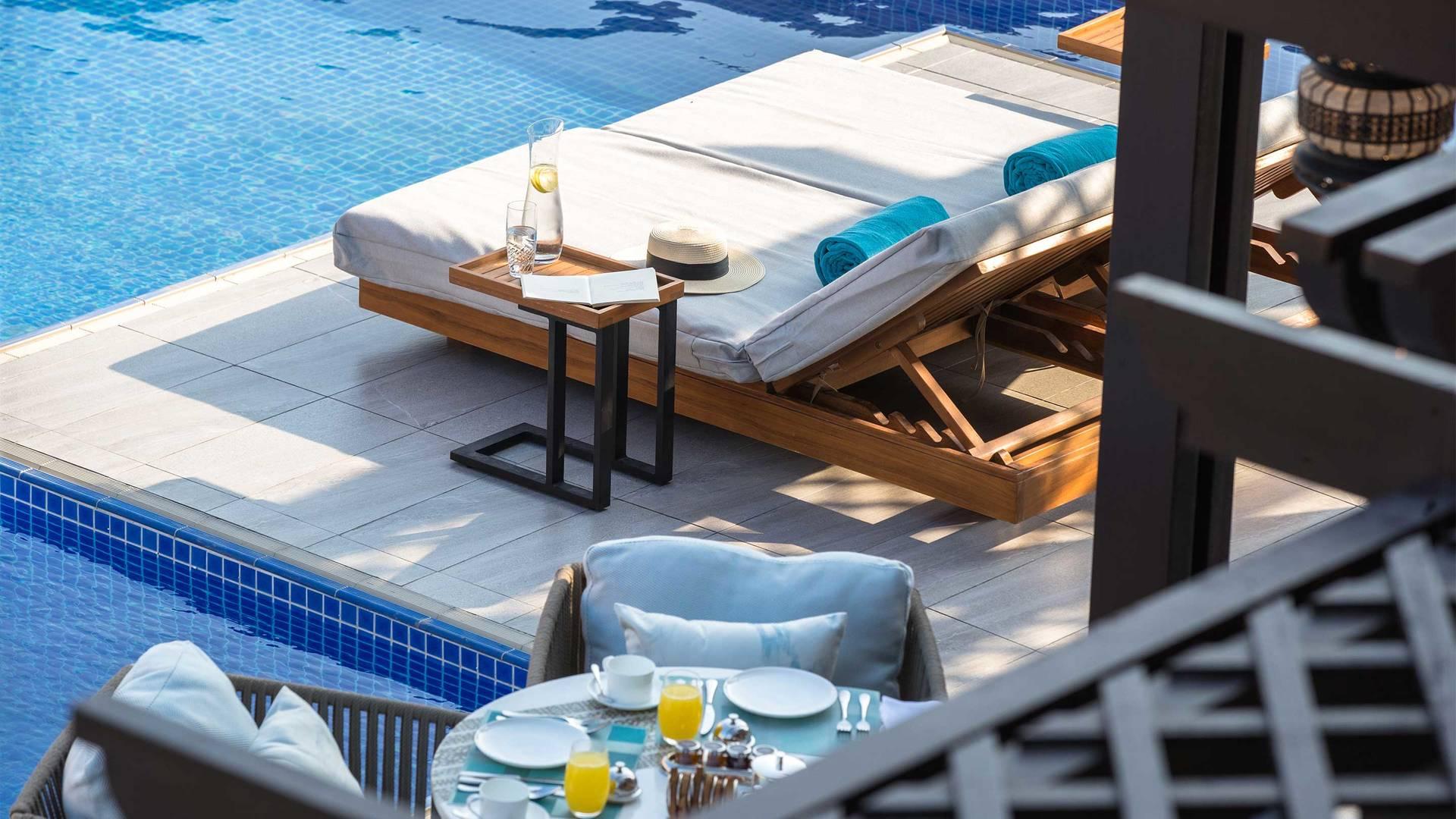 16-9_Jumeirah-Royal-Saray---Villa---Private-Pool
