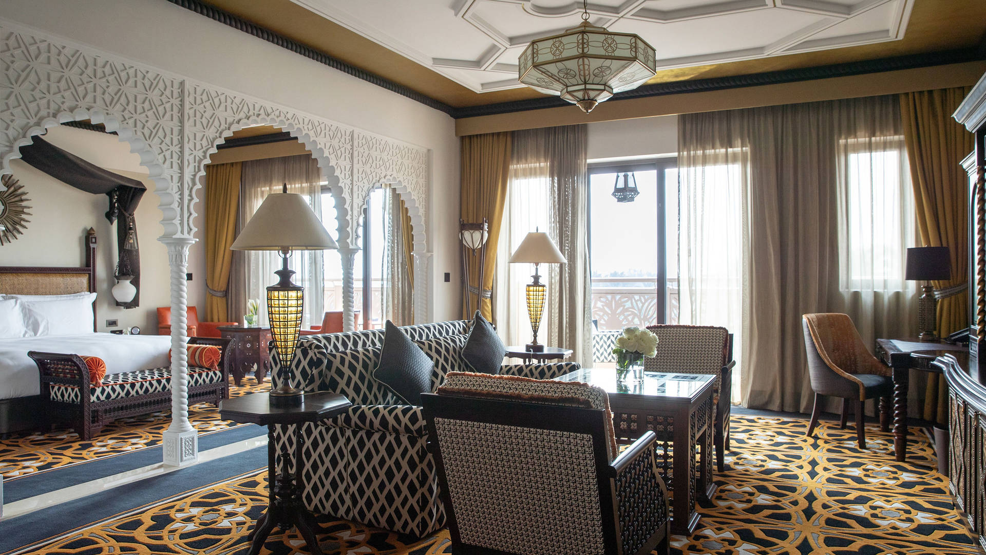 Junior-Suite-Living-Room-Jumeirah-Al-Qasr